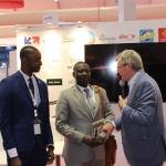 Rencontre sur le pavillon France avec les représentants du Ghana, M. Sulemana, 1er Secrétaire chargé des affaires et du Nigéria, M. Faruk, Ministre Plénipotentiaire à l'Ambassade